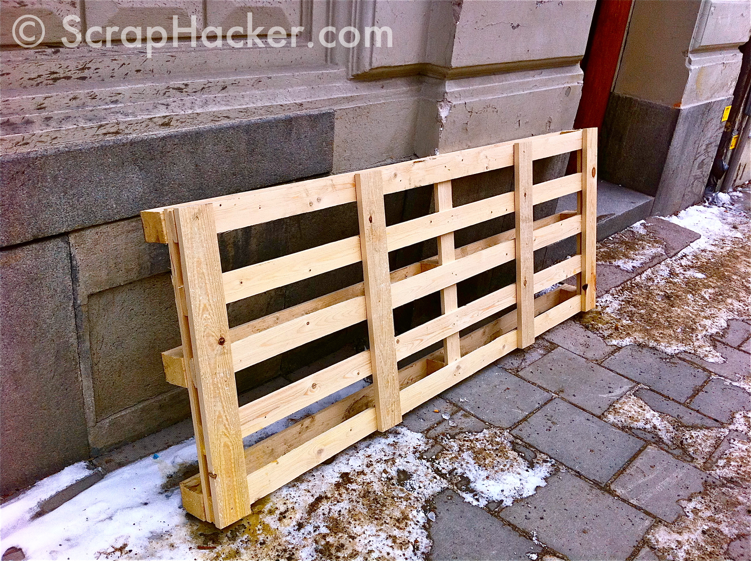 30£ Pallet Dining Table -A 10-step Tutorial