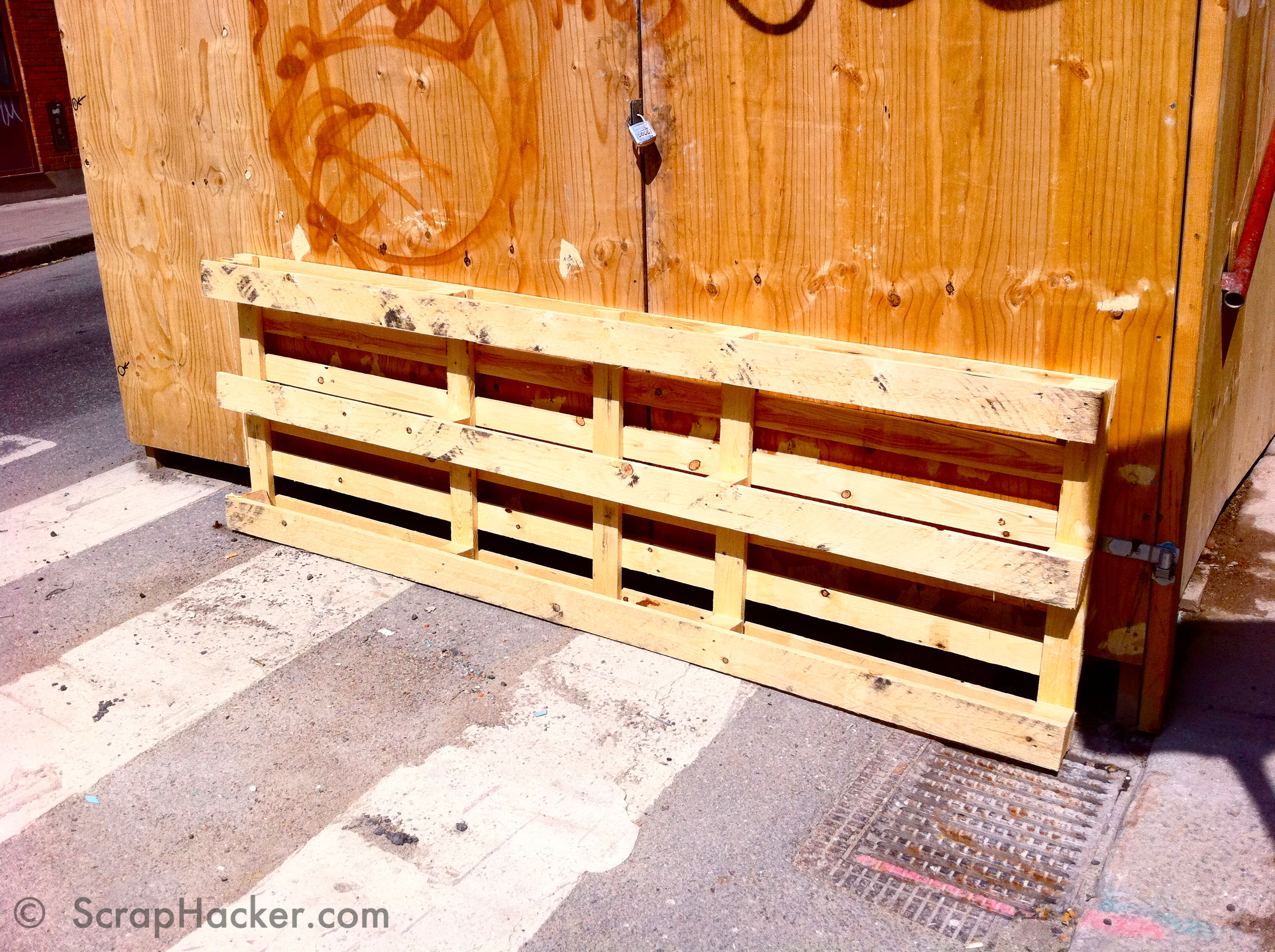 Diy pallet double bed - Step 2