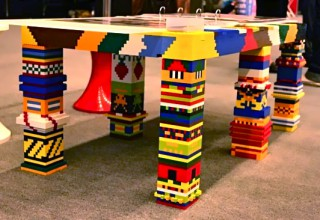 The splendid Lego Table
