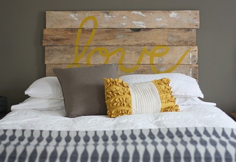 pallet bed frame