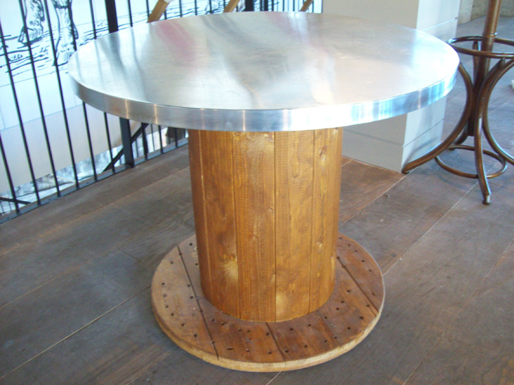 Top 20 DIY Cool Cable Spool Coffee Table Hack ideas : Cable Reel thumb zoom from scraphacker.com size 750 x 563 jpeg 176kB